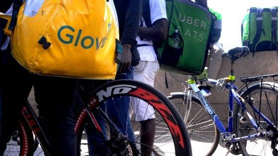 Milano, primo sciopero Cgil per i rider: la partecipazione è scarsa