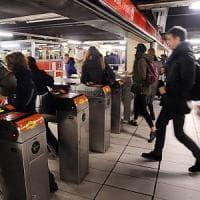 Wi-fi gratis in metropolitana: dopo Duomo la rete si estende anche a San Babila e Cadorna