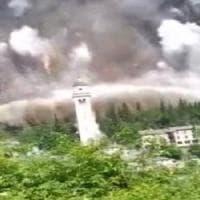 Valchiavenna, frana da cinquemila metri cubi risparmia il santuario: danni ma nessun ferito