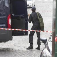 Milano, evacuata la Popolare di Lodi in piazza Mercanti per un falso allarme bomba