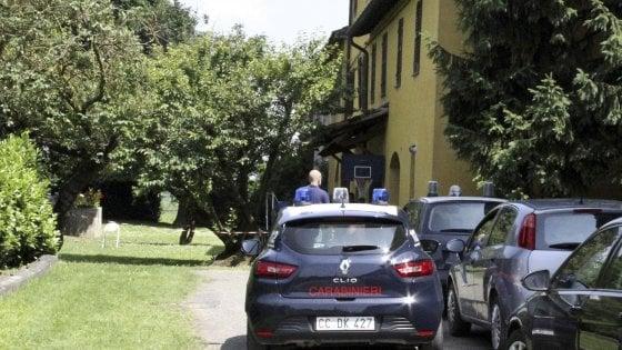 Donna di 35 anni trovata morta in piscina: giallo in una cascina del Lodigiano