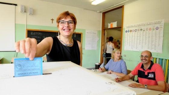 Amministrative, Cinisello Balsamo al ballottaggio: trema il feudo rosso