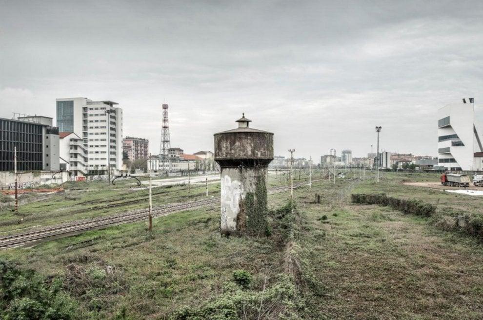 Milano, scali ferroviari abbandonati: il reportage pre-riqualificazione