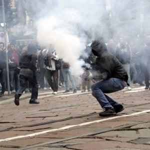 Scontri Primo maggio a Milano, arrestato latitante No Expo: era a Tolosa per studiare la tromba