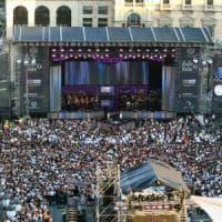 Non più di 20.400 persone al concerto di Radio Italia in piazza a Milano: controlli ai 9 varchi d'accesso