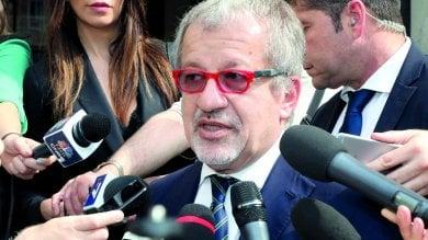 Incarico all'ex collaboratrice, i giudici condannano Maroni a un anno   · video