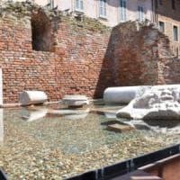 Pavia, figli danneggiarono il monumento ai caduti: il padre dovrà pagare