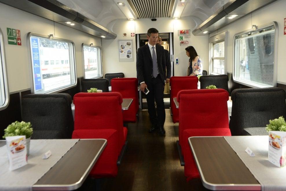 Jet Privato Milano Parigi : Treno milano parigi in cabina super comfort bagno privato