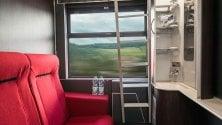 Treno Milano-Parigi in cabina super comfort: dal bagno privato con doccia al kit di biancheria