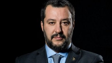 """La sfida della mamma adottiva: """"Caro  Salvini, vieni alla tavolata multietnica""""  · Sala: ''Sarebbe ospite gradito''"""