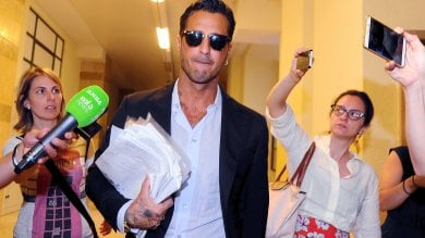 Tribunale di Milano, il pg chiede che Fabrizio Corona torni in carcere: ''Ha diffamato le toghe e violato i divieti''