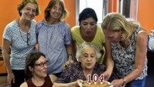 Rep:  Secondina compie104 anni al Giambellino: ''Qui non c'è più in giro un'anima''