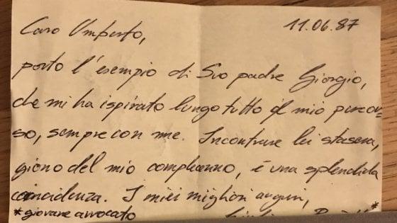 """""""Caro Ambrosoli porto l'esempio di suo padre Giorgio"""", il biglietto al ristorante in memoria dell'eroe borghese"""