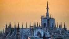 Milano, si fa sera: gli scatti degli ultimi raggi    di sole sulla città