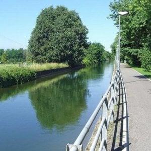 Monza, si getta nel canale per sfuggire alla polizia e anneg