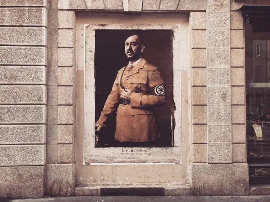 """Milano, Salvini come Hitler: in via Palermo il poster del """"Fuhrer"""" Matteo"""