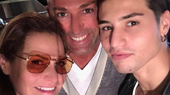 Lite fuori da una discoteca, il figlio di Simona Ventura ferito con 11 coltellate: quattro fermi in questura