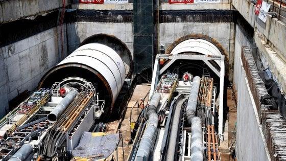 """M4, partita la prima """"talpa"""" per la tratta Ovest della linea Blu: scaverà senza sosta per un anno"""