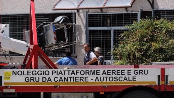 Incidente sul lavoro in Brianza, operaio 51enne muore mentre ripara un tetto