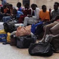 Brescia, migranti non collaborano con il Comune: sgomberati