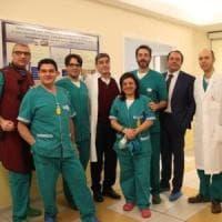 """Milano, impiantato uno """"stent"""" riassorbibile:  è la prima prima volta in Italia"""