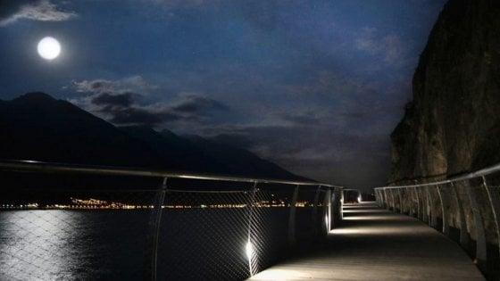 Pedalare sospesi sul Garda |   apre il primo tratto di 2 Km della ciclopista