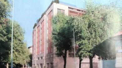La protesta dei residenti di via Botticelli: ''No a quel palazzo, troppo invasivo''
