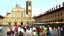 Vigevano, commercianti del centro si autotassano contro le zanzare