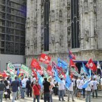 """Milano, presidio al Duomo: """"Basta con le morti sul lavoro"""""""