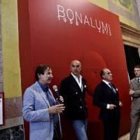 Milano, muore allestendo mostra di Bonalumi, Del Corno: