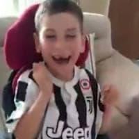 Varese, l'esultanza del piccolo Luca per l'arrivo di Ronaldo alla Juve commuove