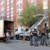 Milano, blitz a Niguarda: sgomberate le case occupate
