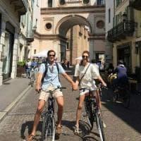 Crema invasa dai turisti (in bici) sull'onda del film di Luca Guadagnino