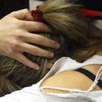 Prende un taxi dopo una serata con gli amici: 20enne violentata dal tassista
