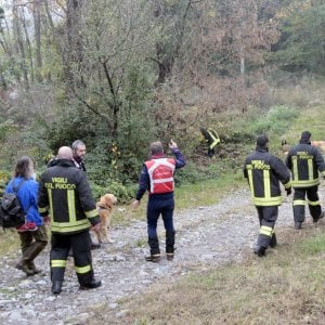 Ragazzina autistica dispersa nei boschi nel Bresciano, ricer