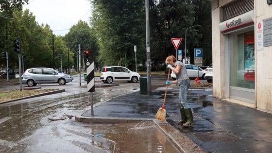 Milano, scatta l'allerta meteo fino a sabato sera: Seveso e Lambro sorvegliati
