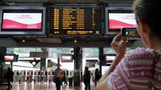 """Trasporti, treni a """"singhiozzo"""" per 24 ore: scioperi di Trenitalia, Italo e Trenord"""