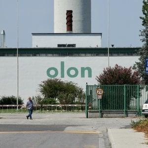 Incidenti sul lavoro nel Milanese, 45enne intossicato da vapori tossici: grave