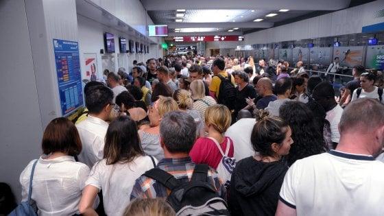 Aeroporto: sciopero Ryanair, voli cancellati