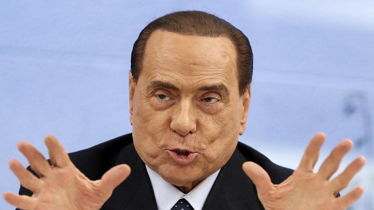 Silvio Berlusconi è ricoverato all'ospedale San Raffaele di Milano, lo