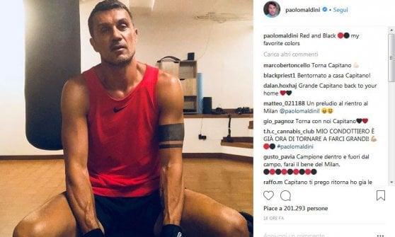 """""""Rosso e nero i miei colori preferiti"""": il post del """"ritorno"""" di Paolo Maldini"""