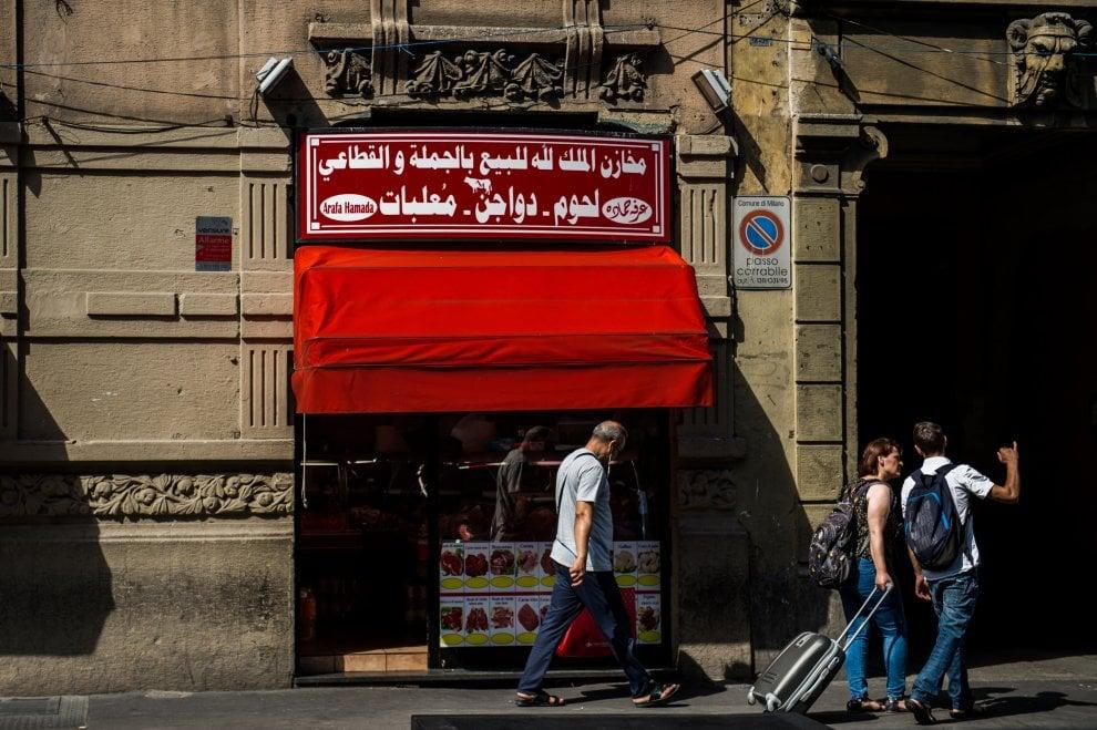 Milano dalle periferie al centro, le cotolette e la macelleria islamica di via Imbonati