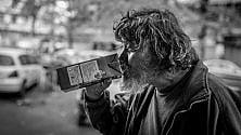 Volti, gesti, dettagli: in mostra la vita quotidiana dei senzatetto