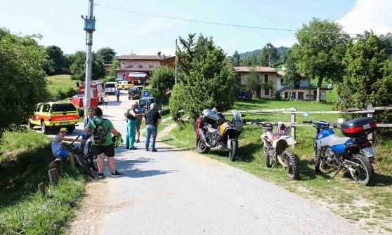 Bimba scomparsa nel Bresciano, quel piccolo esercito di volontari che non si vuole arrendere