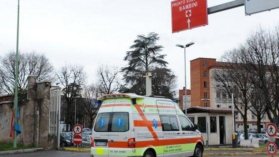 Neonato morto agli Spedali Civili di Brescia, indagati tutti i medici del reparto