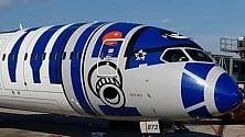 Guerre Stellari  a Malpensa, l'atterraggio  dell'aereo di Star Wars