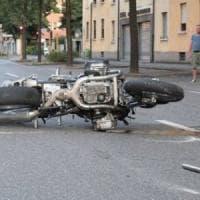 Brescia, motociclista investe e uccide madre e figlio: arrestato per duplice