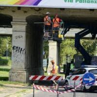 Milano, chiuso per manutenzione il ponte della ferrovia in viale Fulvio