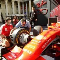 Milano, folla intorno al circuito di F1 in Darsena: sulla pista anche i box dei pit-stop