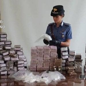 """Milano, nascondeva 130 chili di droga nel box: arrestato """"per caso"""""""